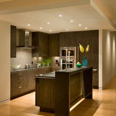 Contemporary Kitchen by HMH Architecture + Interiors
