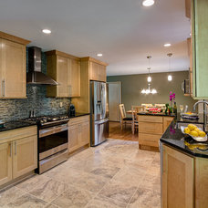 Contemporary Kitchen by JM Remodeling & Construction