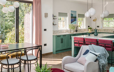 Striking Color Combo: Green and Hot Pink