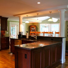 Traditional Kitchen by Michael Hally Design, Inc