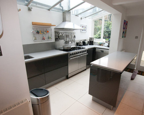 Recent installations by lwk kitchens london for Modern kitchen london