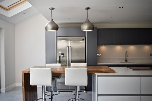Contemporary Kitchen by Classic Interiors