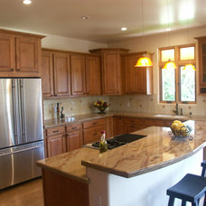 Traditional Kitchen by Jack's Kitchens