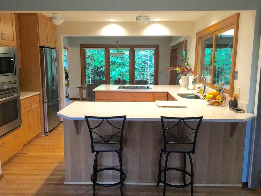 kitchen modern chairs table fridge