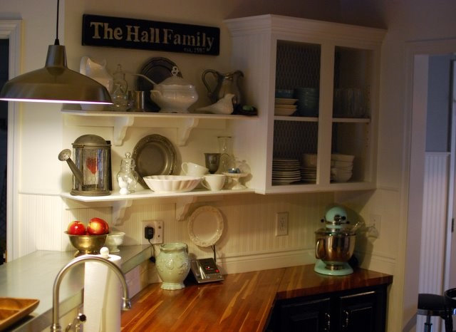 Traditional Kitchen Open Shelving