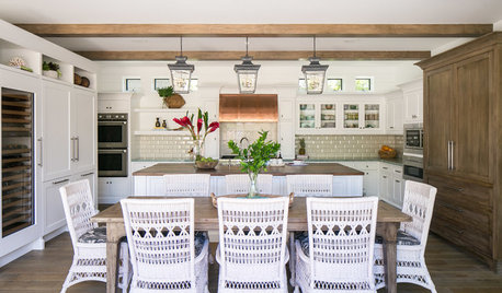New This Week: 3 Breezy White-and-Wood Dream Kitchens