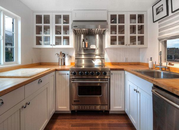 Beach Style Kitchen By Hyde Evans Design