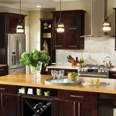 Traditional Kitchen by American Woodmark