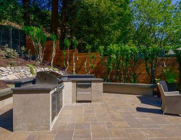Orinda Modern Outdoor Greatroom