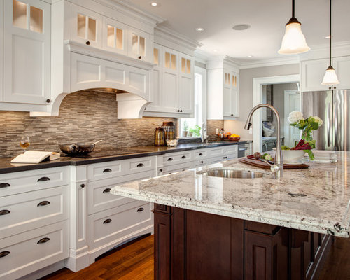 Traditional Eat In Kitchen Photos   Inspiration For A Timeless L Shaped  Medium Tone
