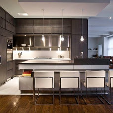 Modern Kitchen by OTM Designs & Remodeling Inc.
