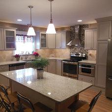 Modern Kitchen by Jaden Riley Interiors