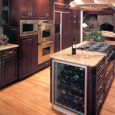 Kitchen Cabinetry by Arizona Heritage Cabinetry