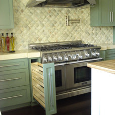Contemporary Kitchen by Garcia Cabinetmakers