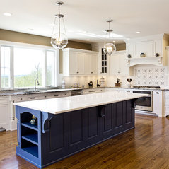 White Transitional Kitchen Remodel