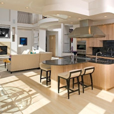 Modern Kitchen by Martha O'Hara Interiors