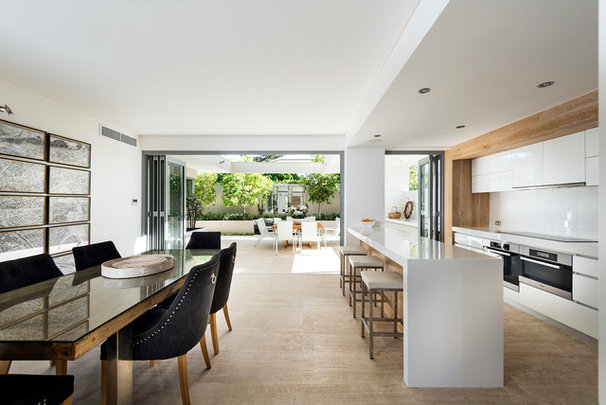 Modern Kitchen by Swell Homes