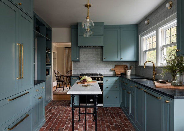 Traditional Kitchen by Heidi Caillier Design