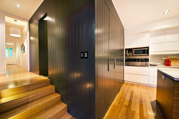 Contemporary Kitchen by Inch Studio