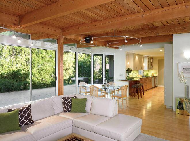 Midcentury Kitchen by HartmanBaldwin Design/Build