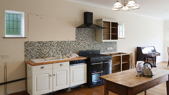 PAINTED KITCHEN IN QUARNDON