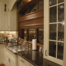 Kitchen by Veranda Estate Homes & Interiors