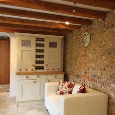 Farmhouse Kitchen by Beau-Port Kitchens