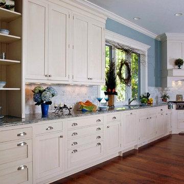 Painted White Shaker Style Brookhaven Kitchen, Statutory Marble Tile Backsplash