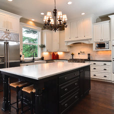 Traditional Kitchen by Palisade Homes