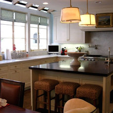 Traditional Kitchen by Woods Construction  - TRW Construction, Inc