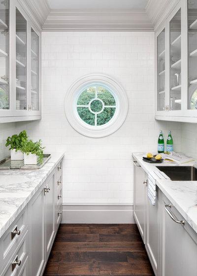 Coastal Kitchen by Knowles Design