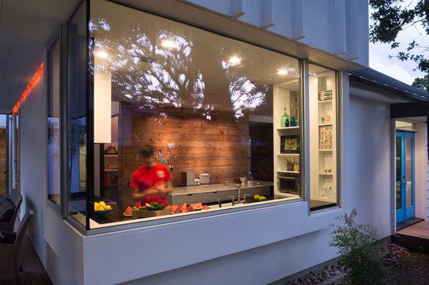 Contemporary Kitchen by Hugh Jefferson Randolph Architects