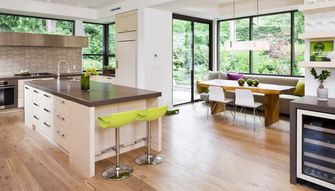 Contemporary Kitchen by Heffel Balagno Design Consultants