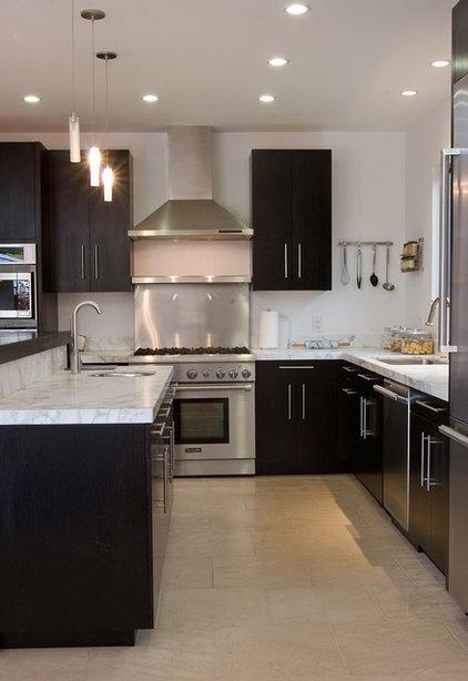 Contemporary Kitchen by Fiorella Design