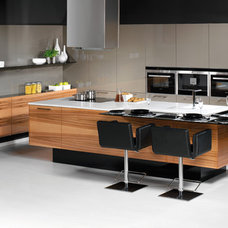 Modern Kitchen by Hans Krug Fine European Cabinetry