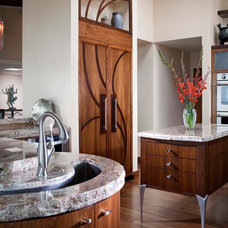 Eclectic Kitchen by MODEL DESIGN INC.