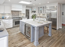 Wall and cabinet paint color please