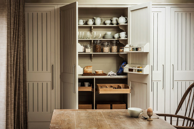 Country Kitchen by Plain English