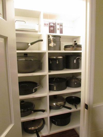 Segreti per Organizzare Meglio lo Spazio nei Mobili della Cucina
