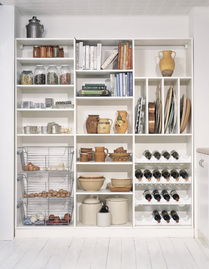 Transitional  by California Closets - DC Metro