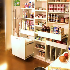 Kitchen by Closets to Go