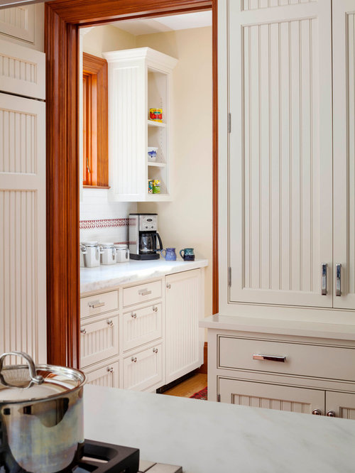 Kitchen design ideas renovations photos with yellow for Cabico kitchen cabinets reviews