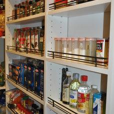 Modern Kitchen by Tailored Living feat PremierGarage of Northern VA