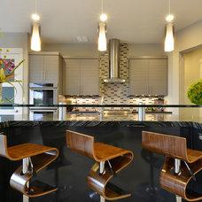 Contemporary Kitchen by Pillar Custom Homes, Inc.