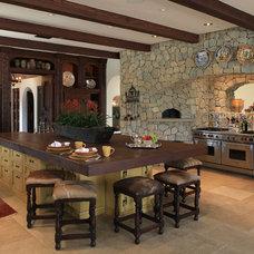 Mediterranean Kitchen by PavoReal Interiors
