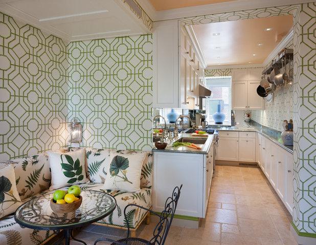 Traditional Kitchen by Katz Architecture