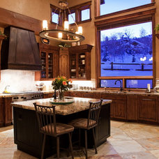 Traditional Kitchen by B&B Builders