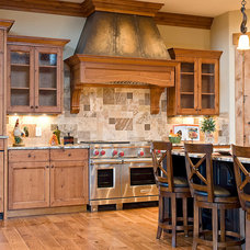 Traditional Kitchen by Highline Cabinets LLC