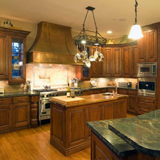 Traditional Kitchen by Markay Johnson Construction