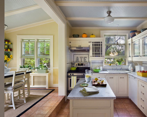 Oak Kitchen Cabinets Ideas, Pictures, Remodel and Decor